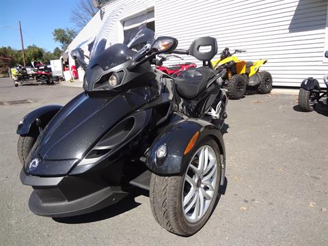 2014 Can-Am Spyder® RS SM5 in New Britain, Pennsylvania