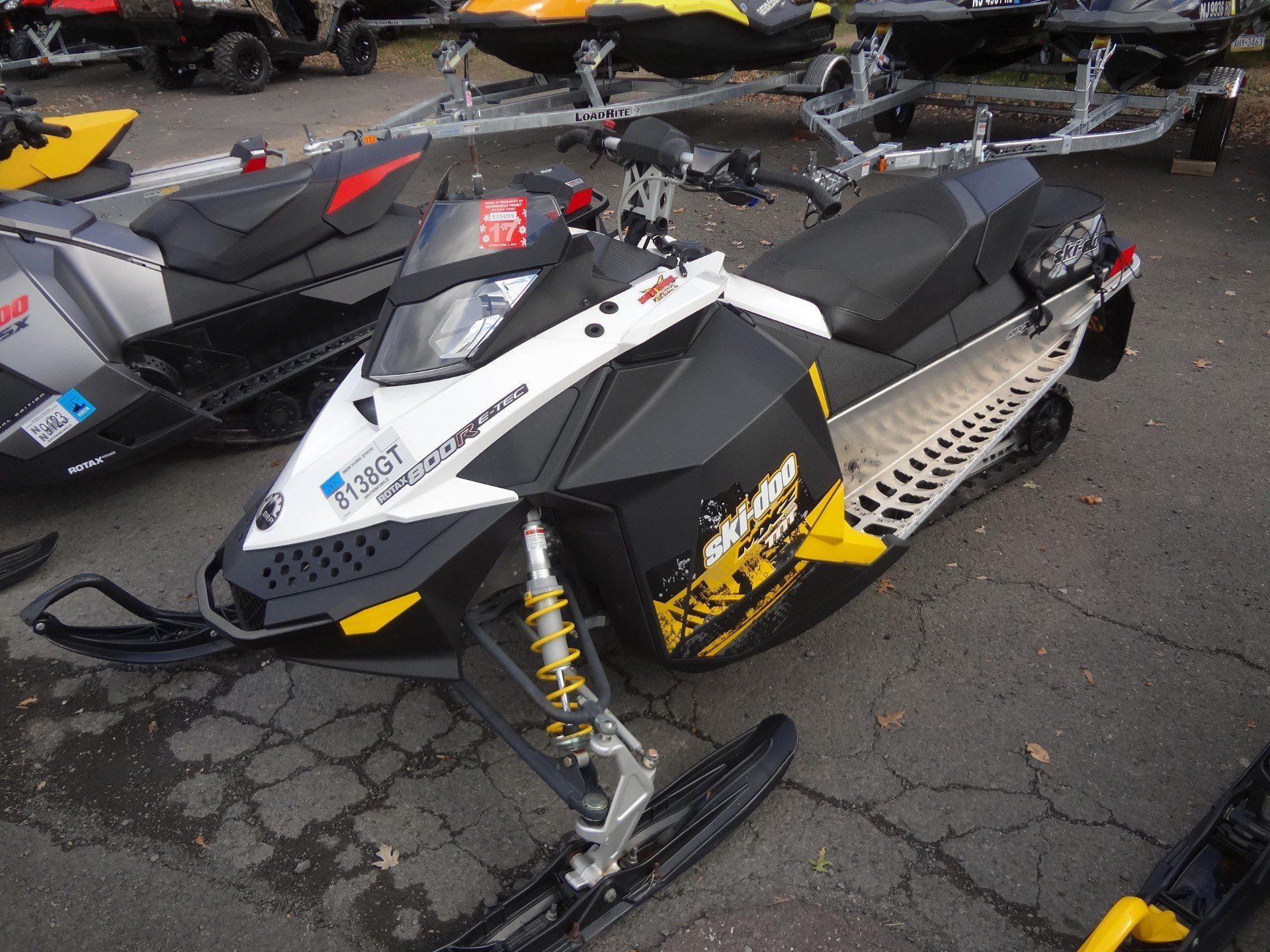 Le Rotax E Tec 800r Altcoin Exchange 2011 Ski Doo Wiring Diagram Mx Z Tnt In New Britain