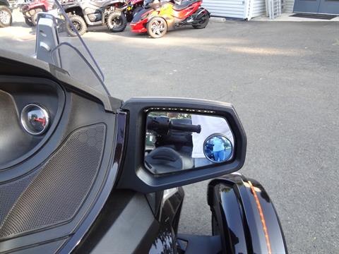 2013 Can-Am Spyder® RT Limited in New Britain, Pennsylvania