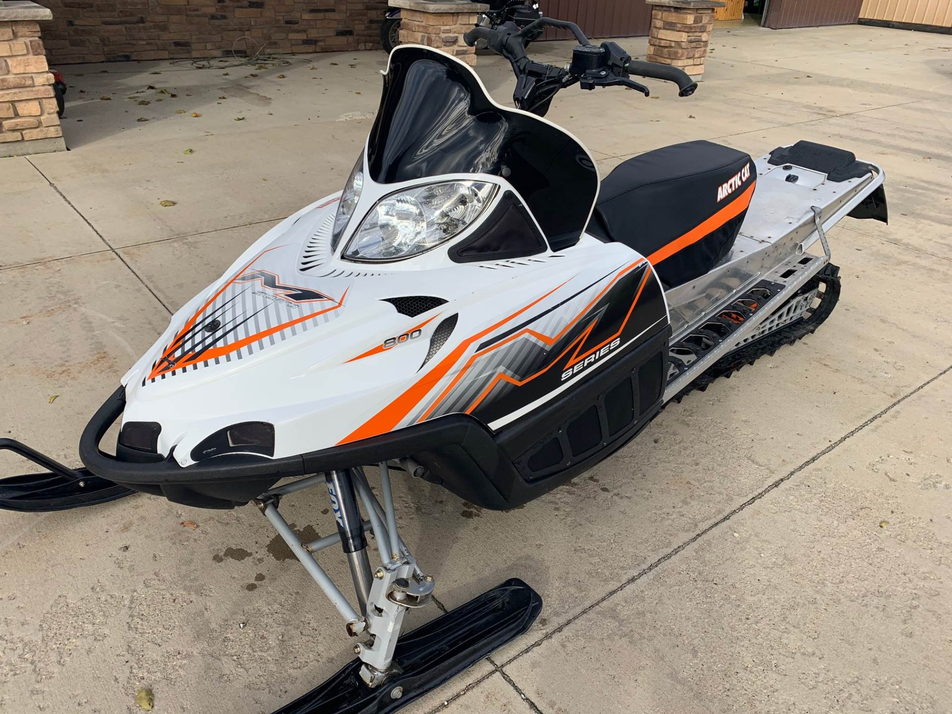 "2010 Arctic Cat M8 H.O. Sno Pro® 153"" in Independence, Iowa - Photo 4"