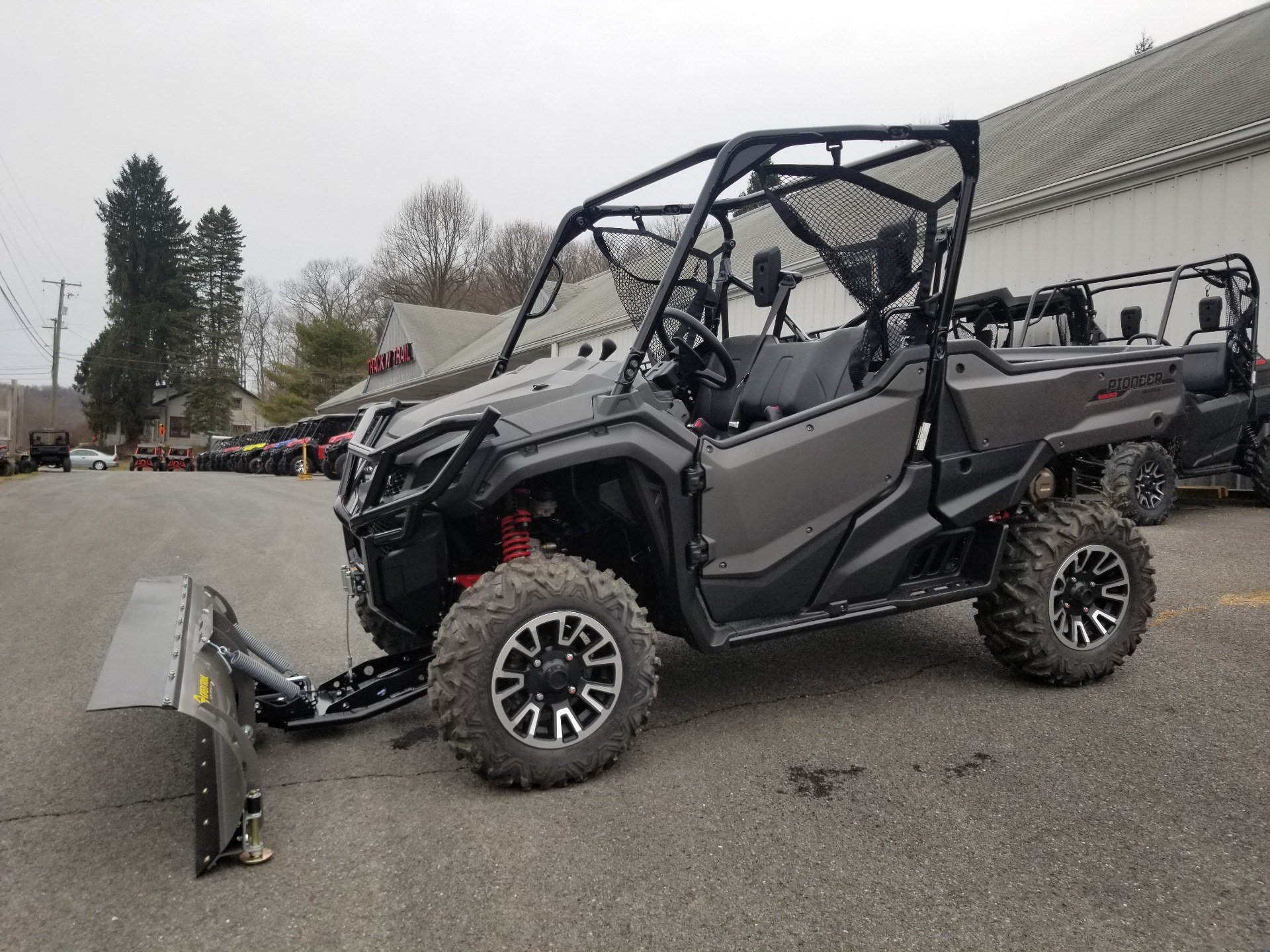 2018 Honda Pioneer 1000 LE in Spring Mills, Pennsylvania - Photo 1