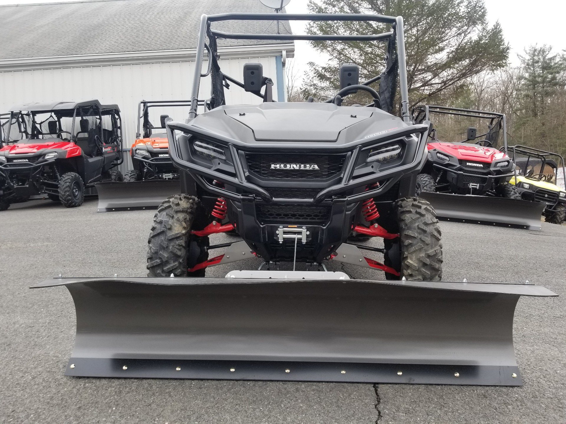 2018 Honda Pioneer 1000 LE in Spring Mills, Pennsylvania - Photo 3