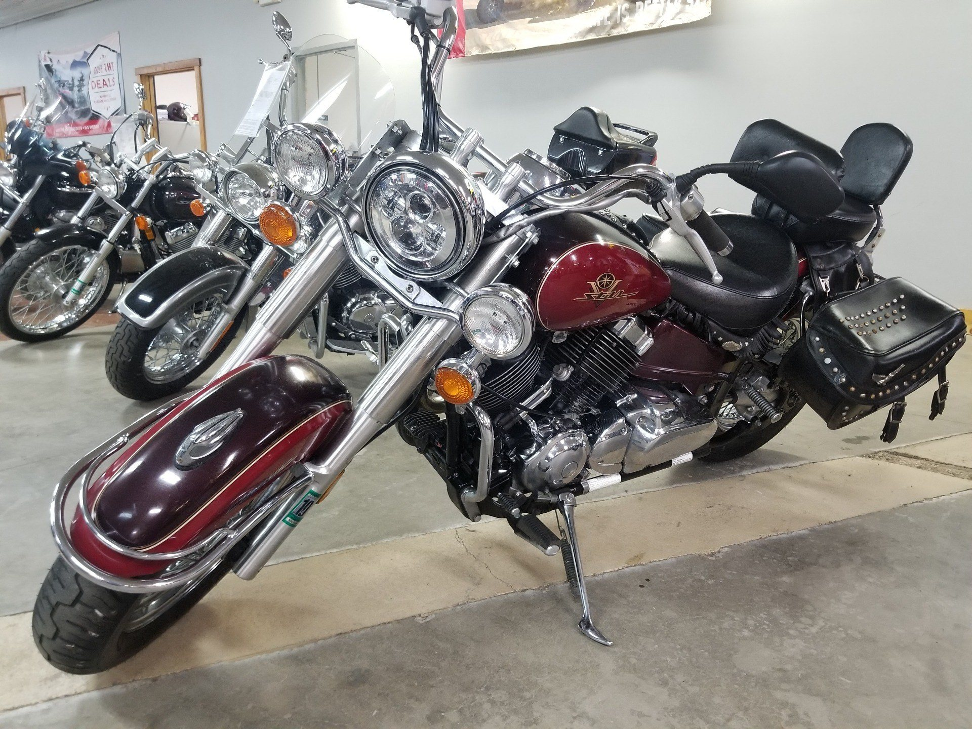 1998 Yamaha VSTAR 650 CLASSIC in Spring Mills, Pennsylvania - Photo 2