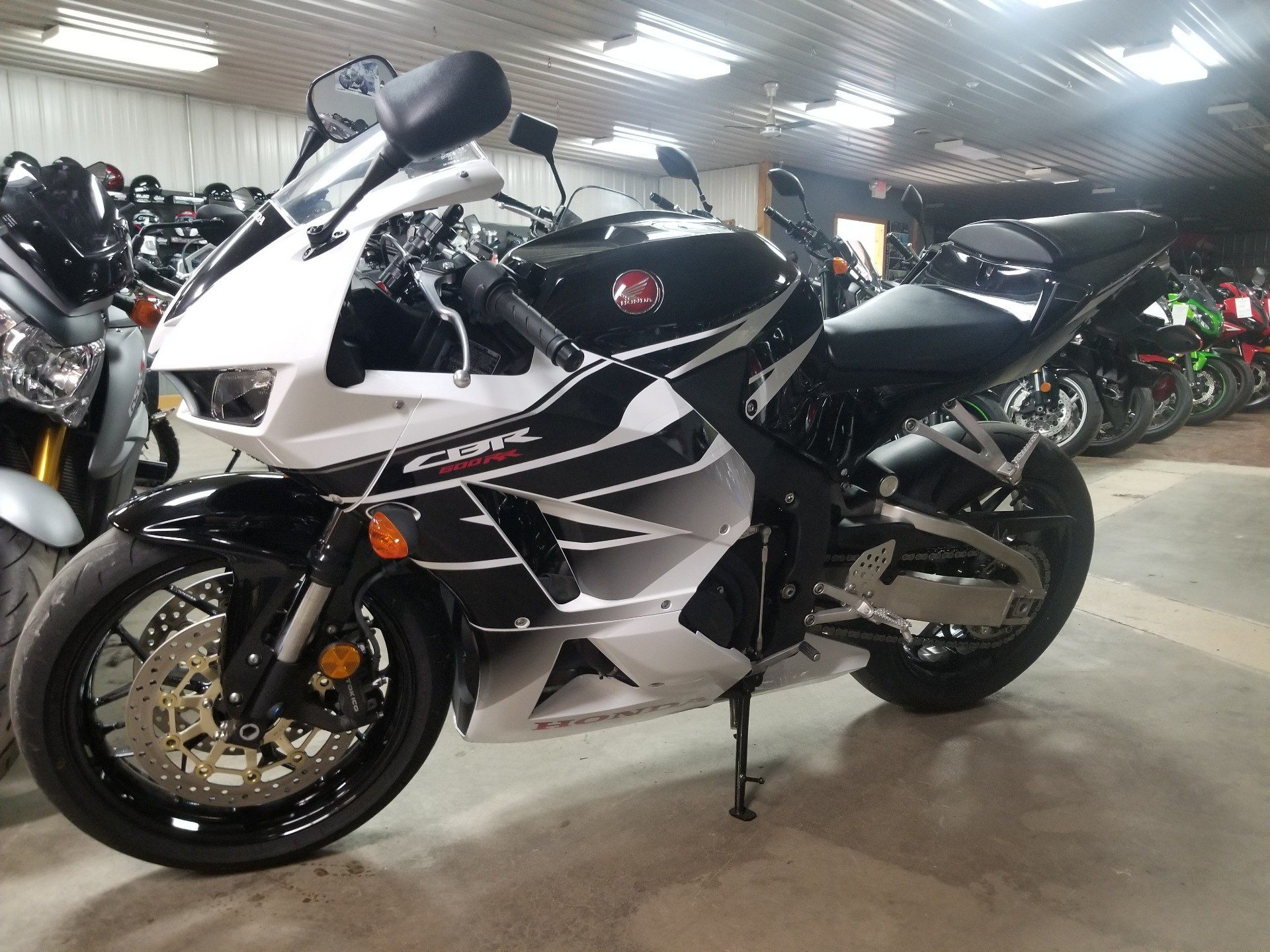 2016 Honda CBR600RR in Spring Mills, Pennsylvania - Photo 2