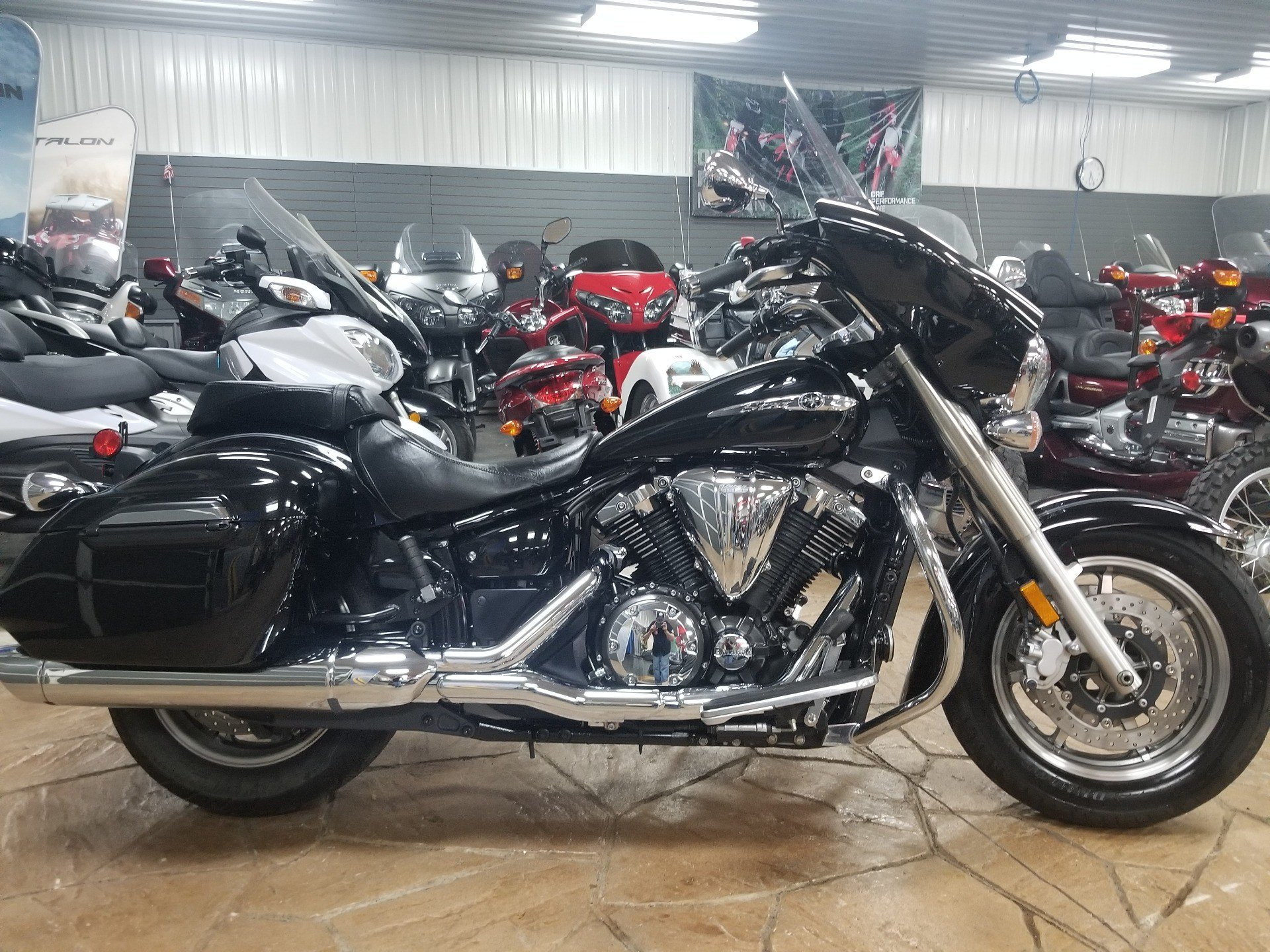 2015 Yamaha V Star 1300 Deluxe in Spring Mills, Pennsylvania - Photo 1
