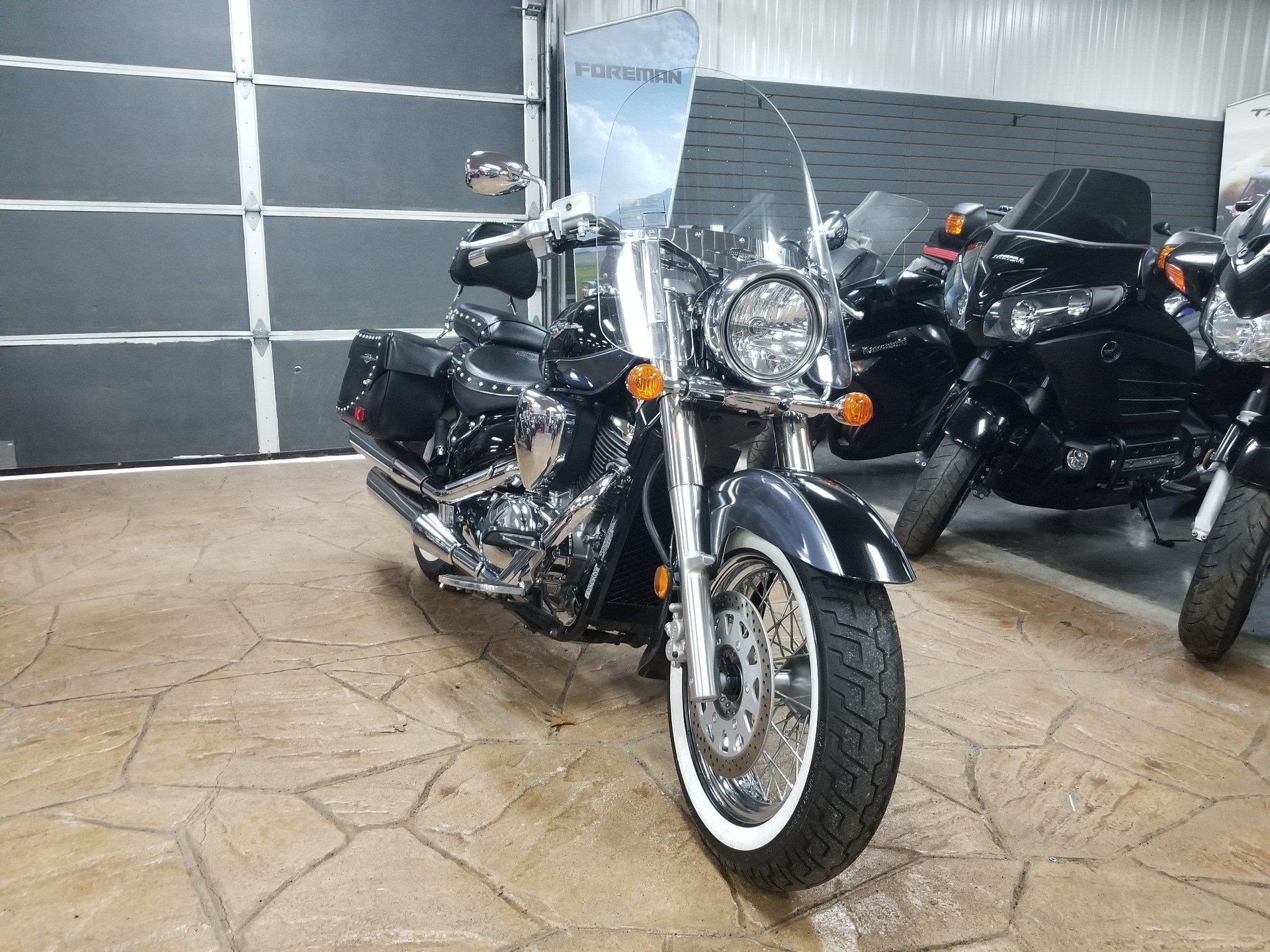 2011 Suzuki Boulevard C50T in Spring Mills, Pennsylvania - Photo 2
