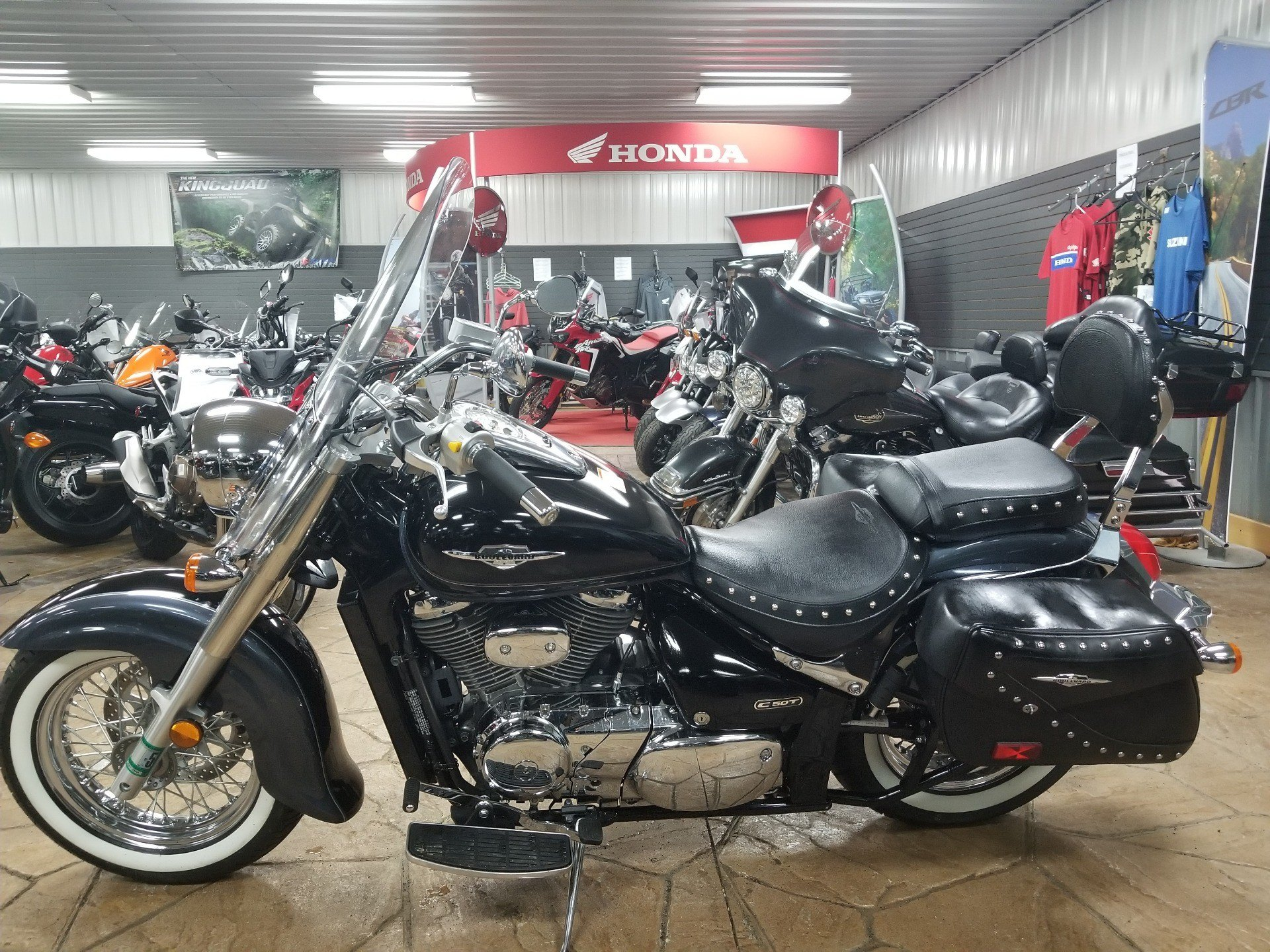 2011 Suzuki Boulevard C50T in Spring Mills, Pennsylvania - Photo 4