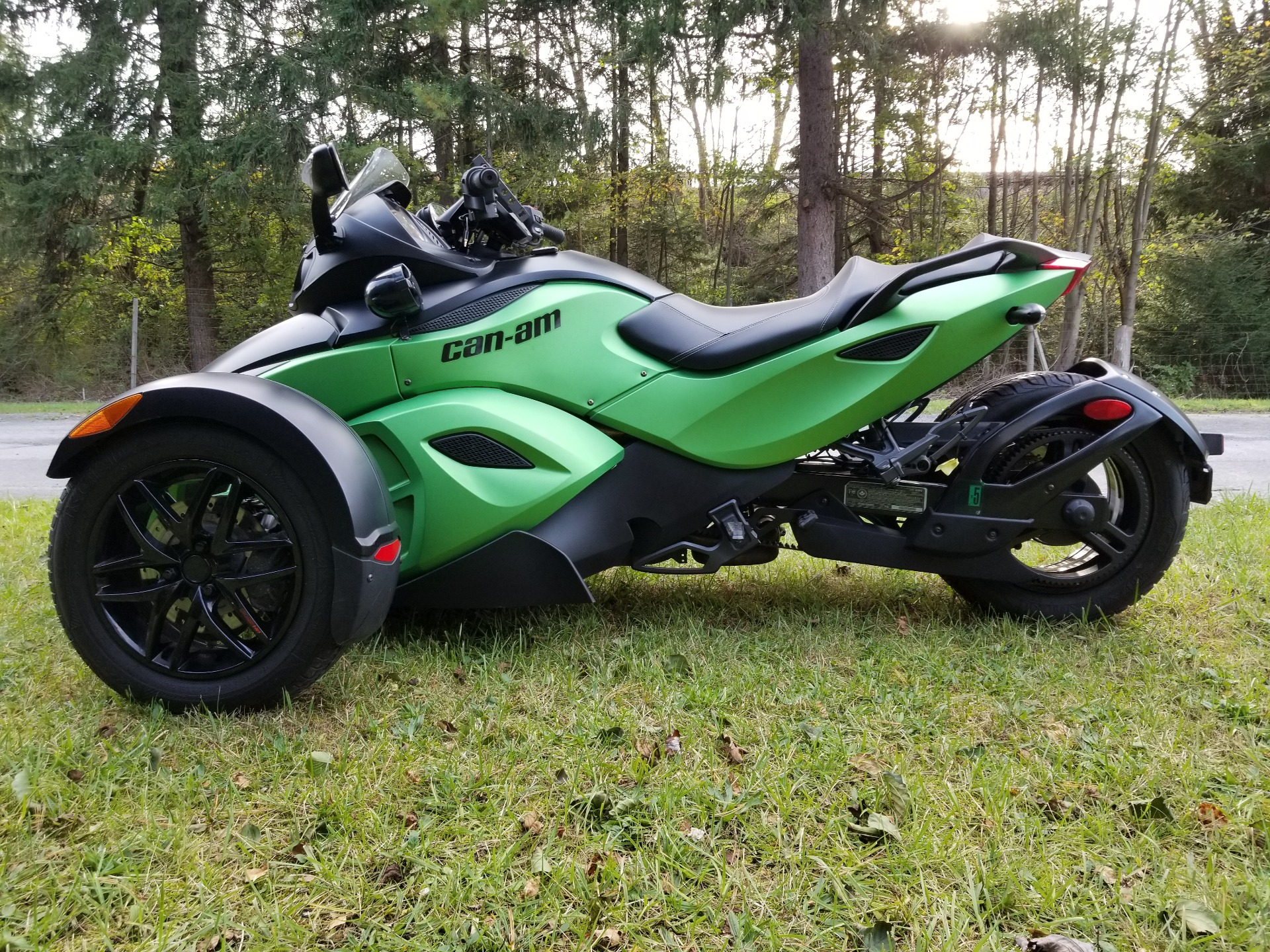 2012 Can-Am Spyder® RS-S SE5 in Spring Mills, Pennsylvania - Photo 2