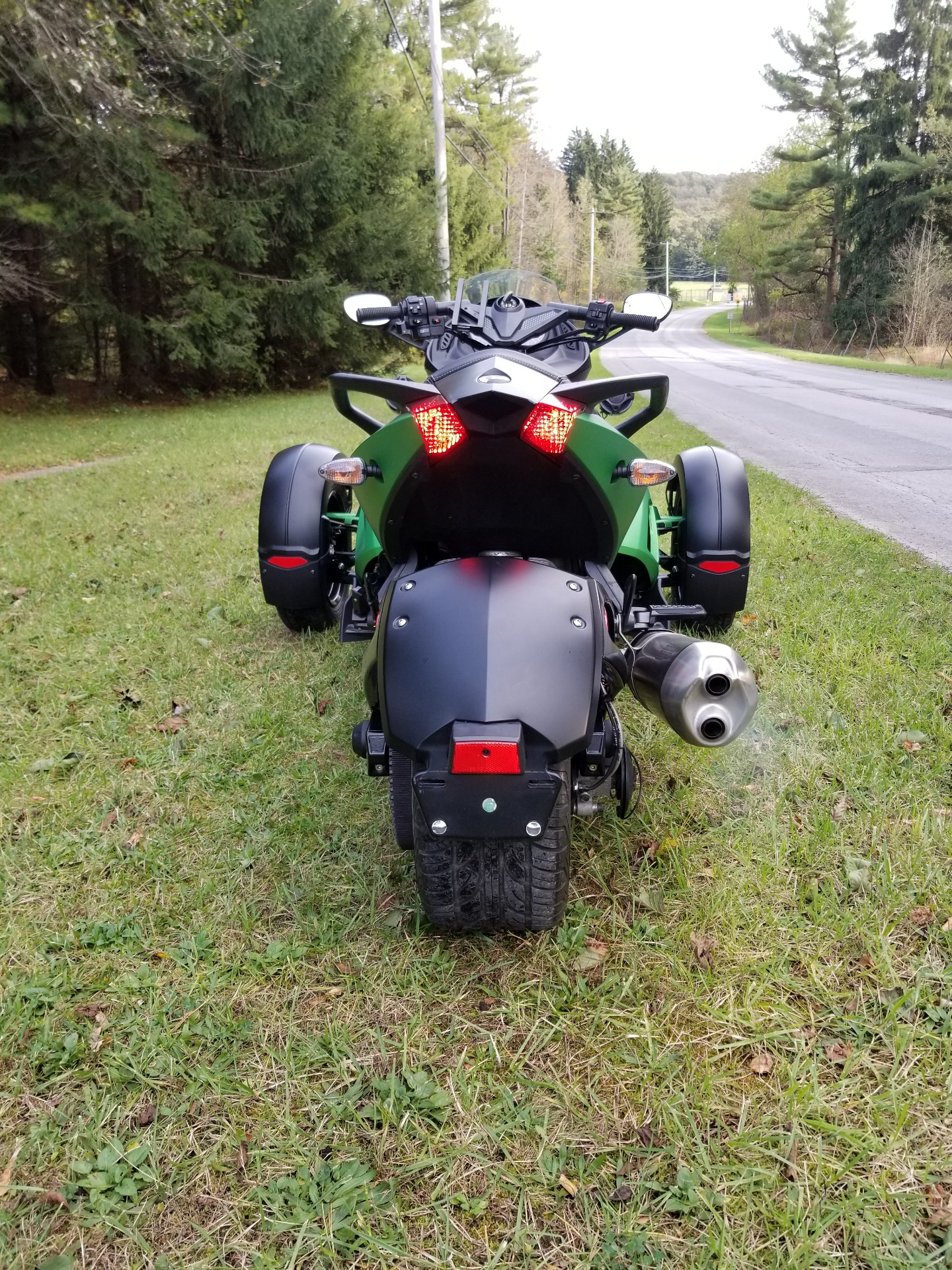 2012 Can-Am Spyder® RS-S SE5 in Spring Mills, Pennsylvania - Photo 4