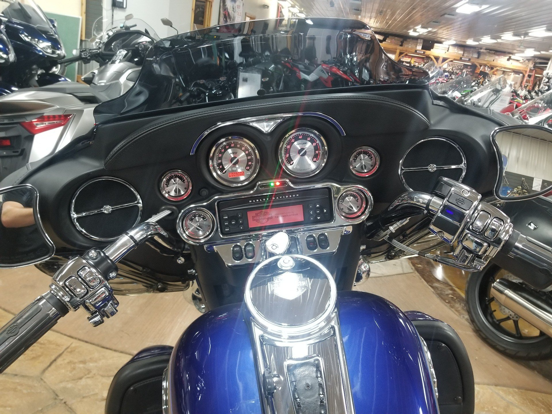 2007 Harley-Davidson Ultra Classic® Electra Glide® in Spring Mills, Pennsylvania - Photo 8