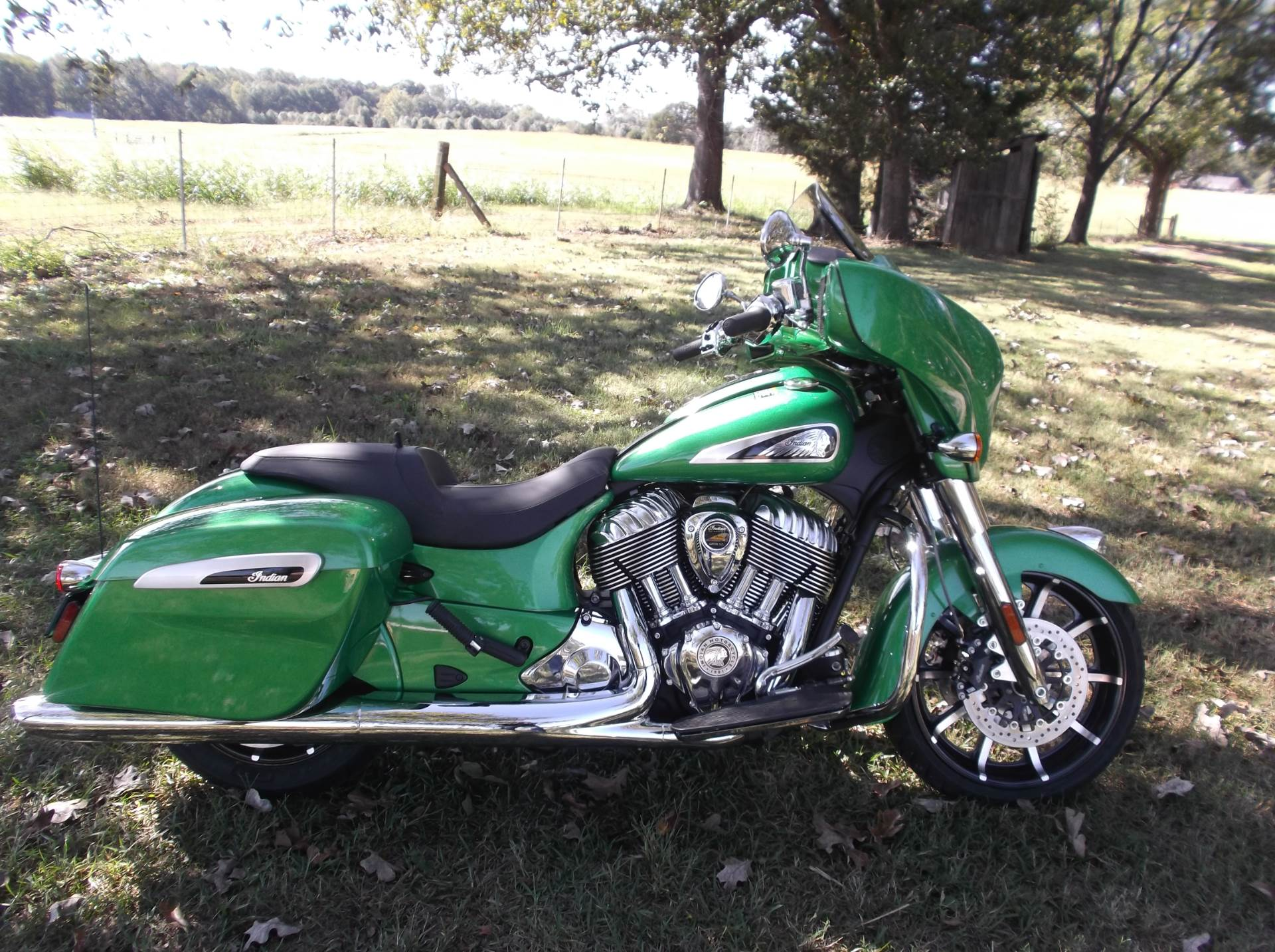 2019 Indian Chieftain Limited- Icon Series in Greer, South Carolina - Photo 4