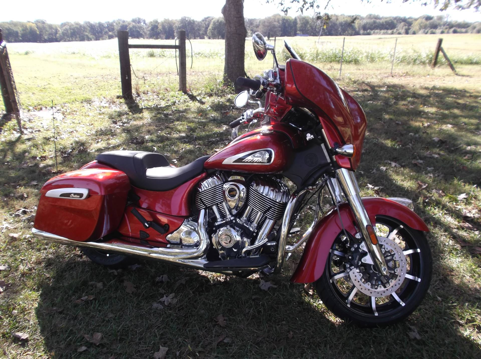 2019 Indian Chieftain® Limited ABS in Greer, South Carolina - Photo 4