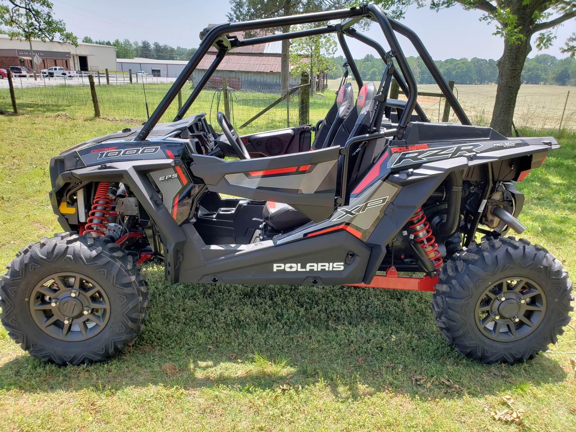 2018 Polaris RZR XP 1000 EPS Ride Command Edition 2