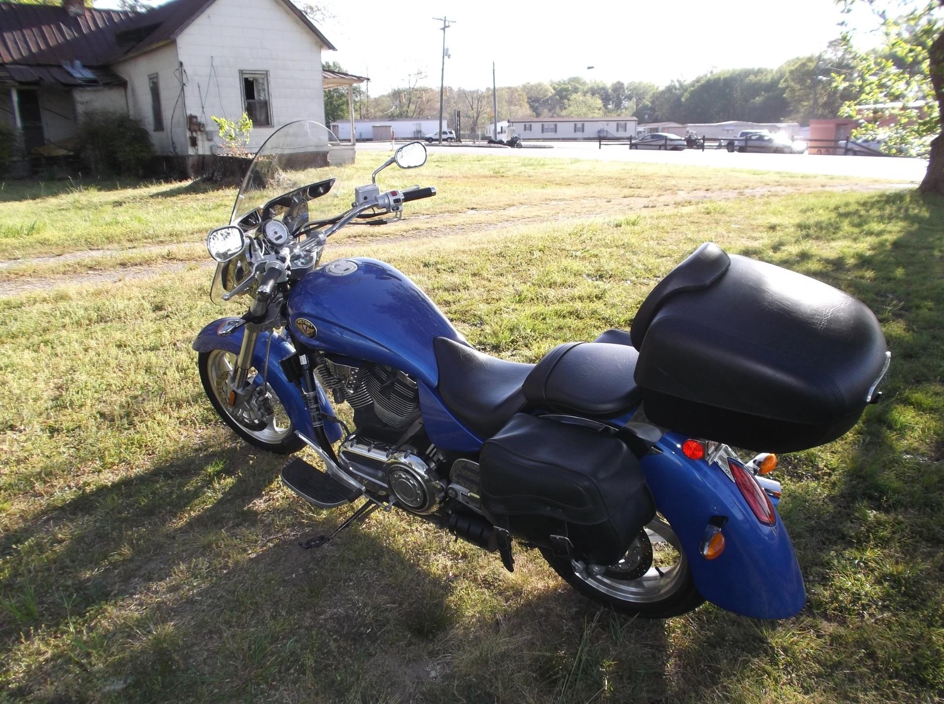 2006 Victory Kingpin 12