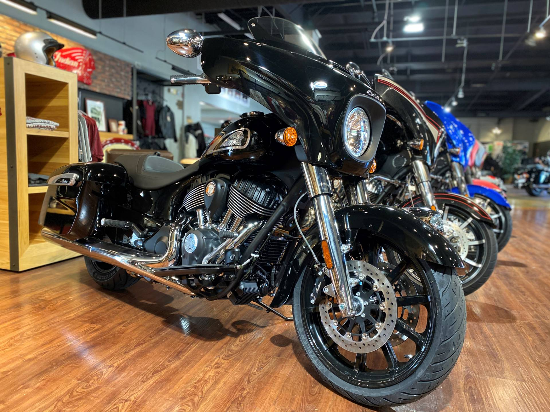 2021 Indian Chieftain® in Greer, South Carolina - Photo 2