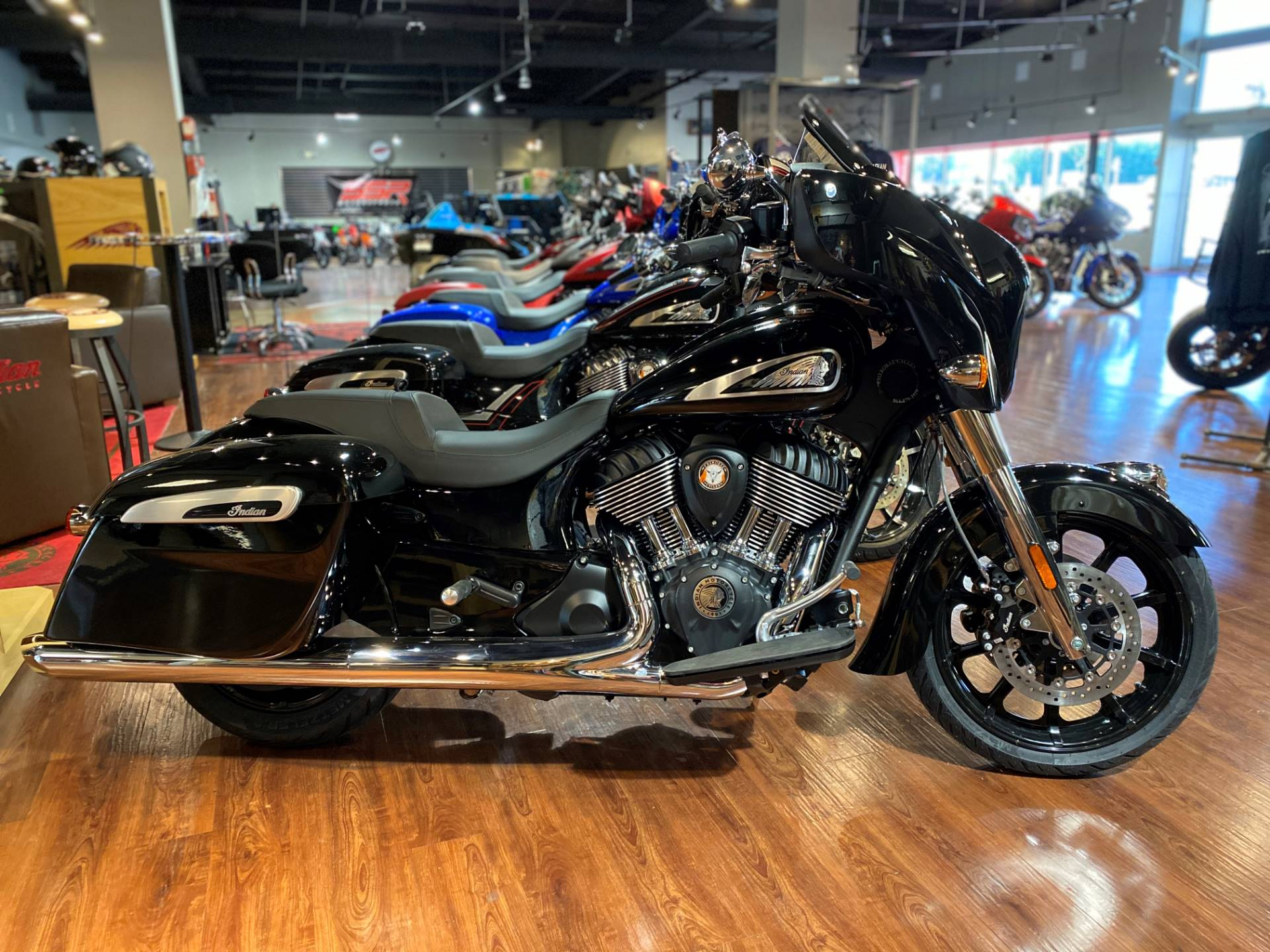 2021 Indian Chieftain® in Greer, South Carolina - Photo 1