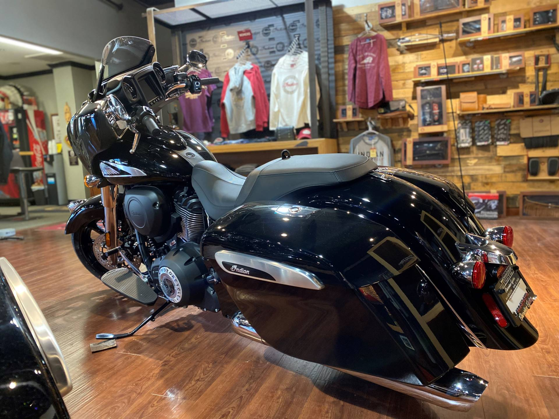 2021 Indian Chieftain® in Greer, South Carolina - Photo 8