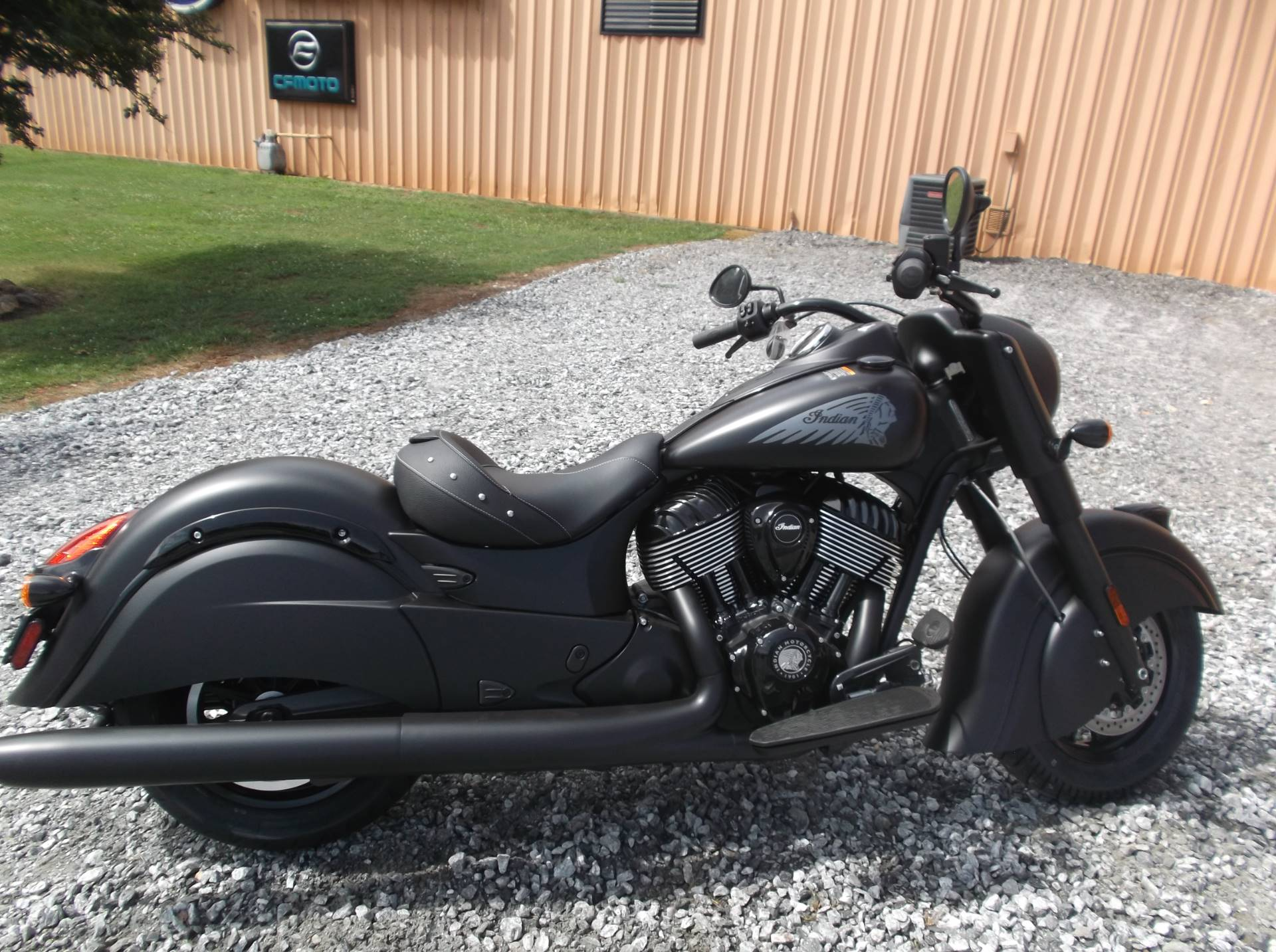 2019 Indian Chief Dark Horse® ABS in Greer, South Carolina - Photo 3