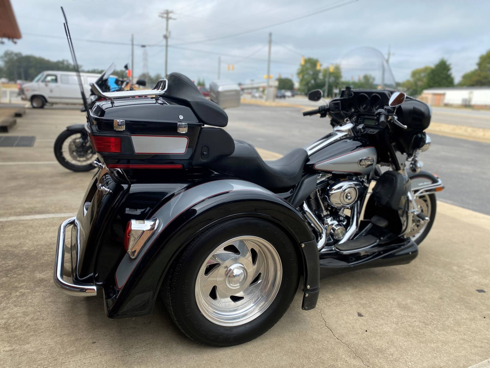2011 Harley-Davidson Ultra Classic® Electra Glide® in Greer, South Carolina - Photo 7