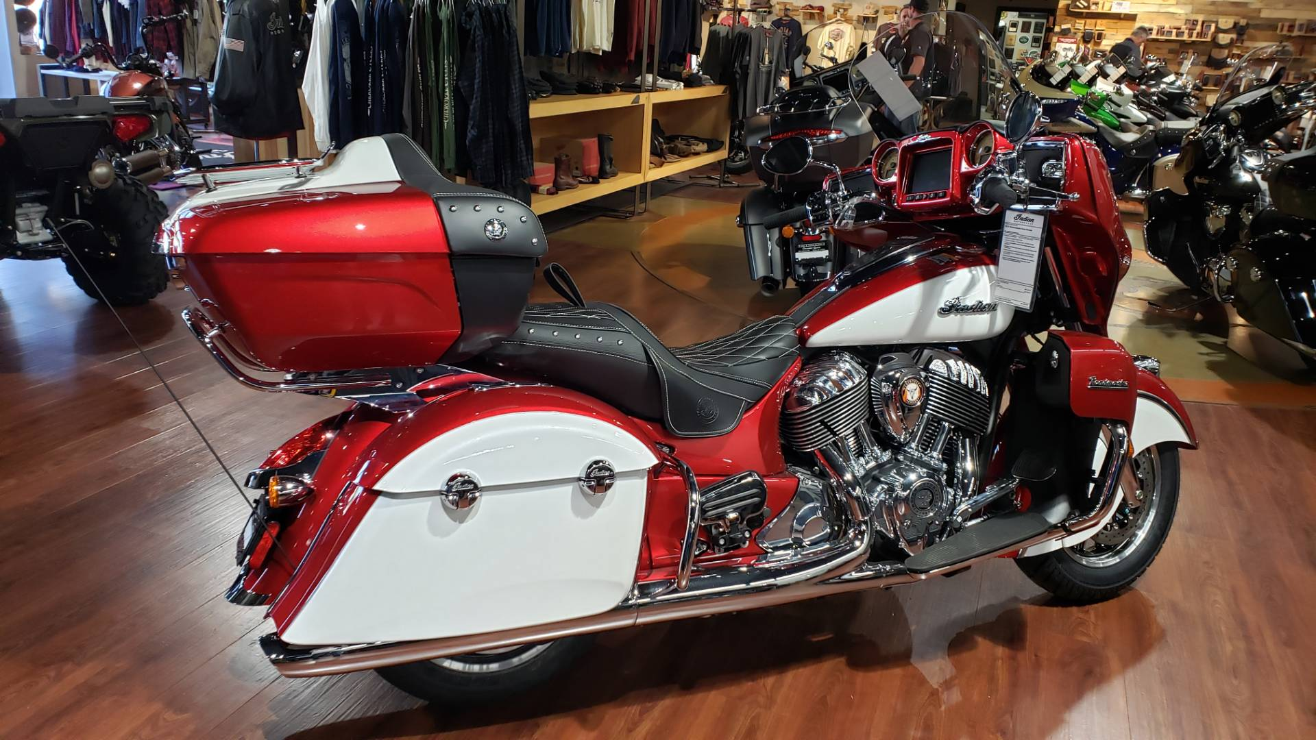 2019 Indian Roadmaster® Icon Series in Greer, South Carolina - Photo 13