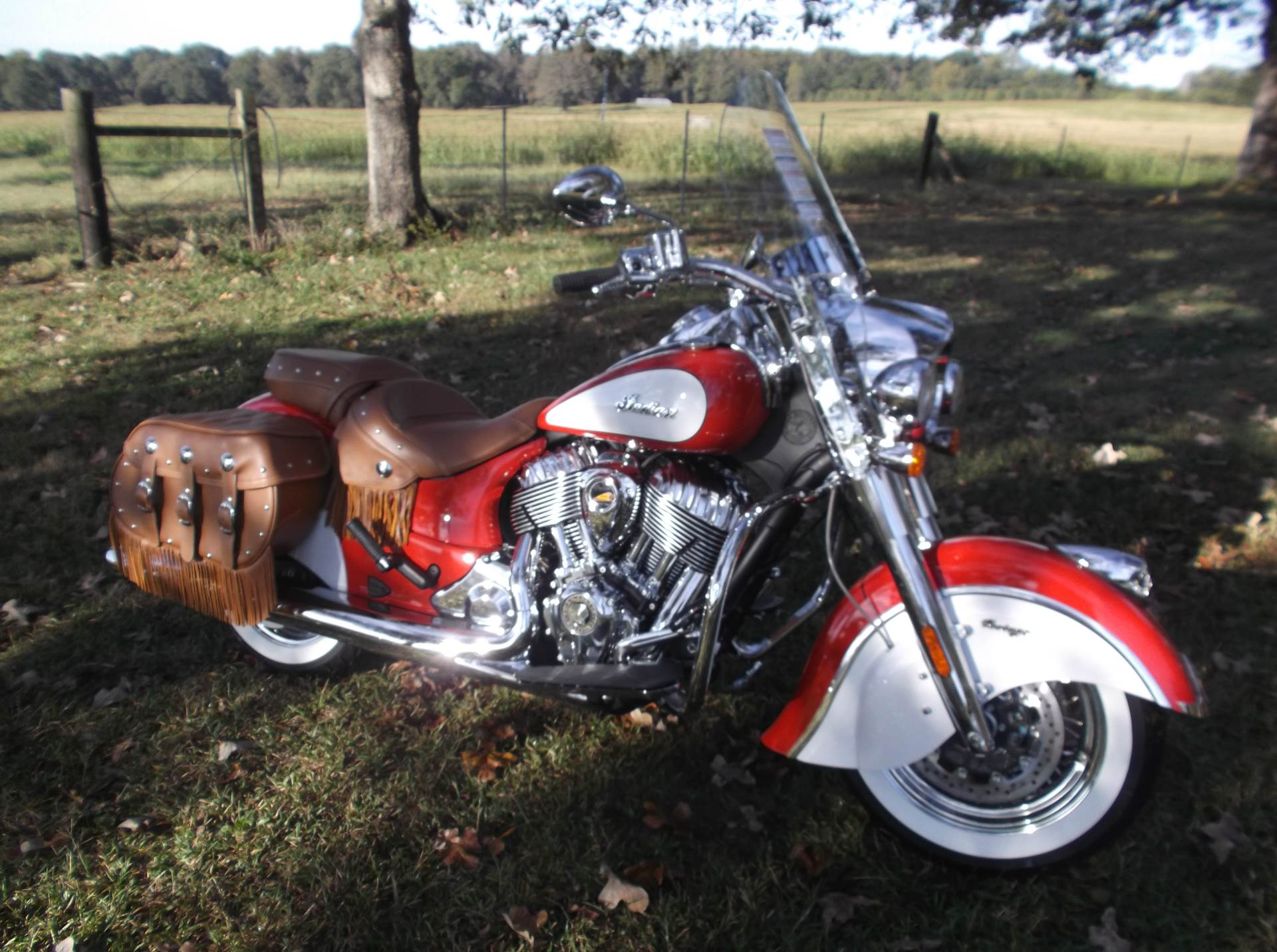 2019 Indian Chief® Vintage Icon Series in Greer, South Carolina - Photo 2