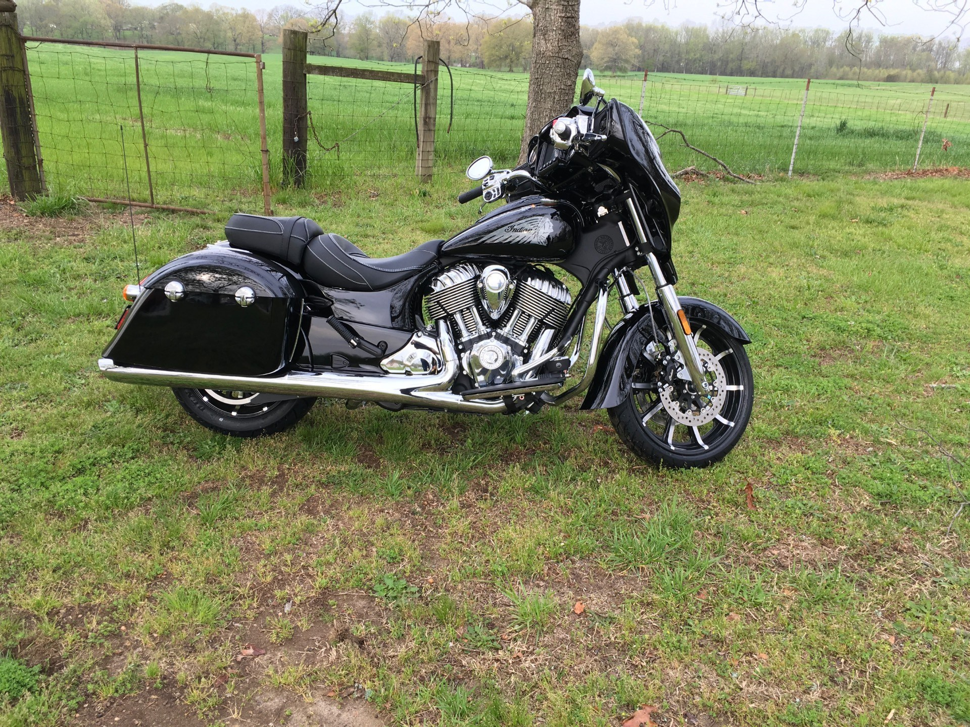 2017 Indian Chieftain Limited 3