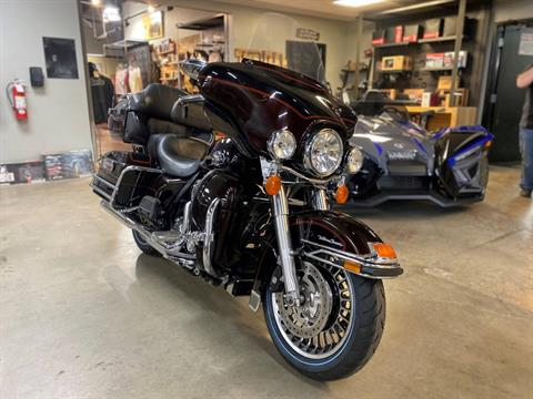 2011 Harley-Davidson Ultra Classic® Electra Glide® in Greer, South Carolina - Photo 3