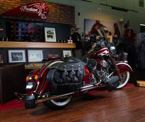 2018 Indian Chief® Classic ABS in Greer, South Carolina - Photo 3