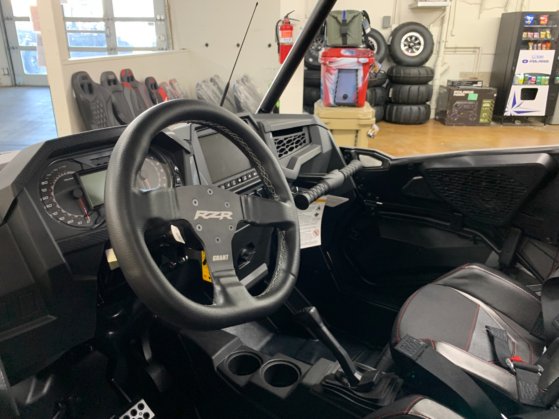2021 Polaris RZR Turbo S in Tualatin, Oregon - Photo 8