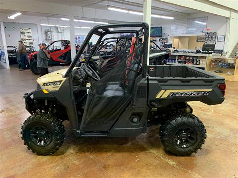 2020 Polaris Ranger 1000 Premium Winter Prep Package in Tualatin, Oregon - Photo 2