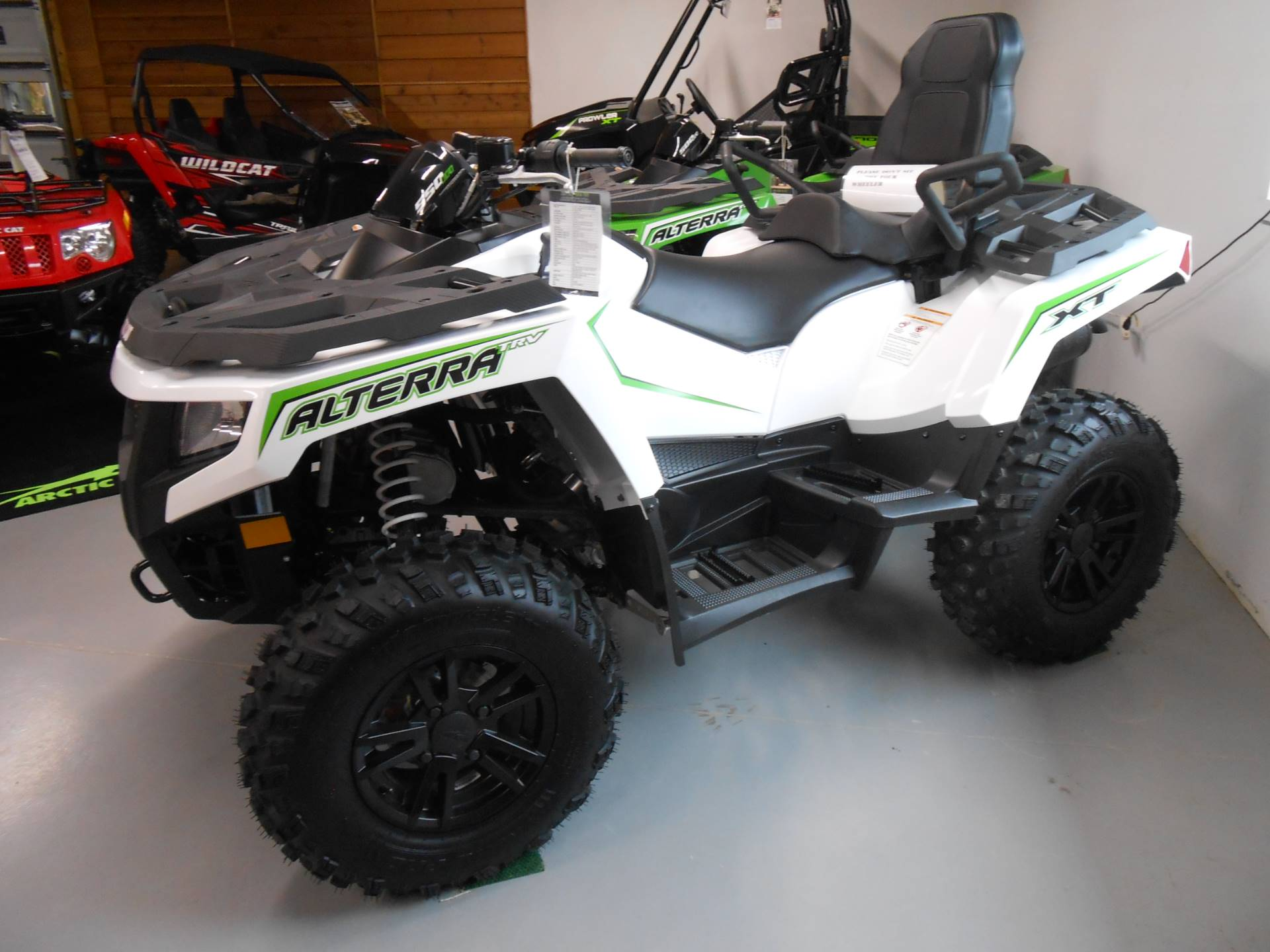 2017 Arctic Cat Alterra TRV 550 XT EPS in Franklin, North Carolina