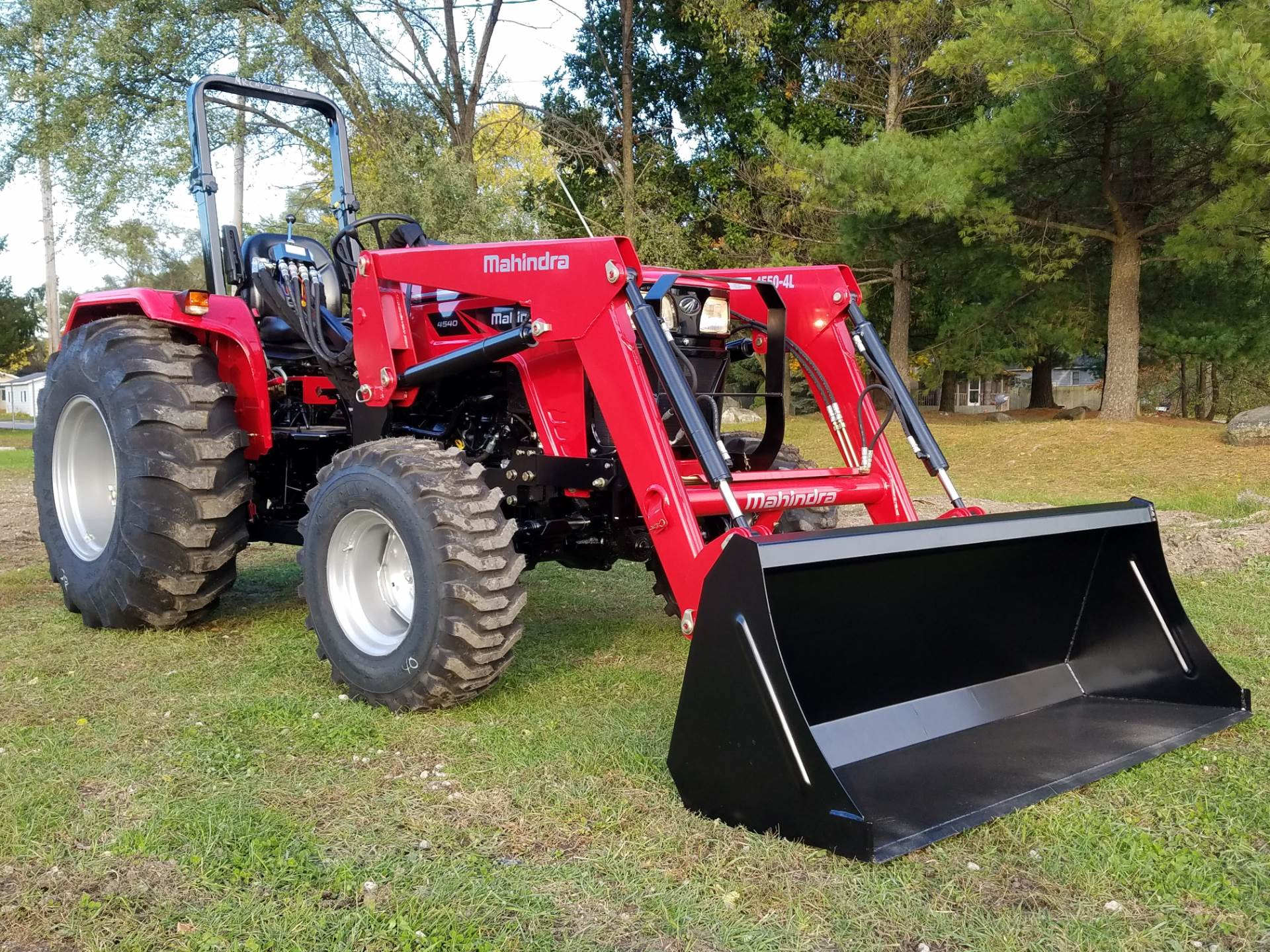 2016 Mahindra 4540 4WD in Mount Pleasant, Michigan