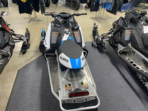 2020 Polaris 600 Indy 121 ES in Appleton, Wisconsin - Photo 3
