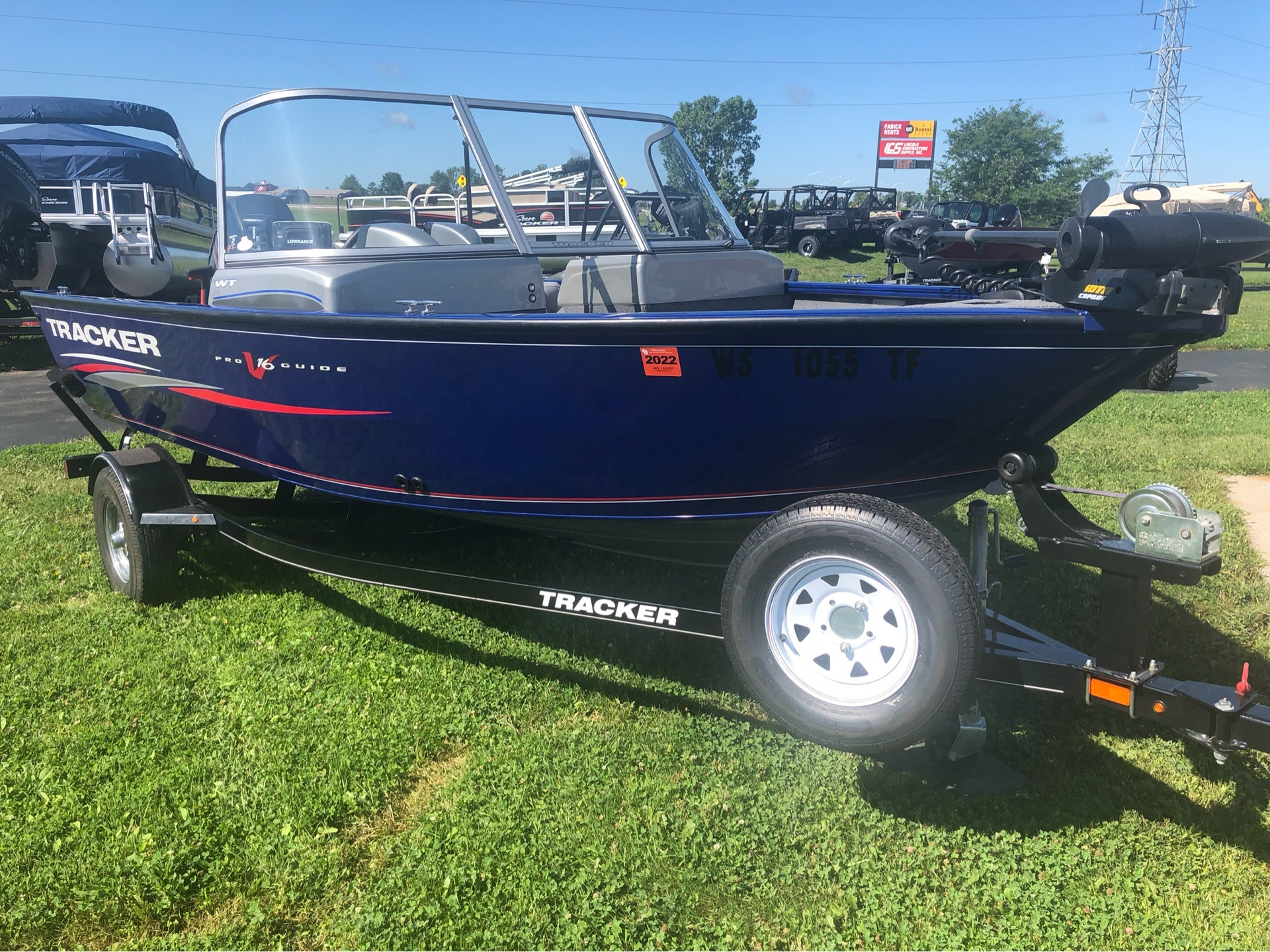 2016 Tracker Pro Guide V-16 WT in Appleton, Wisconsin - Photo 1