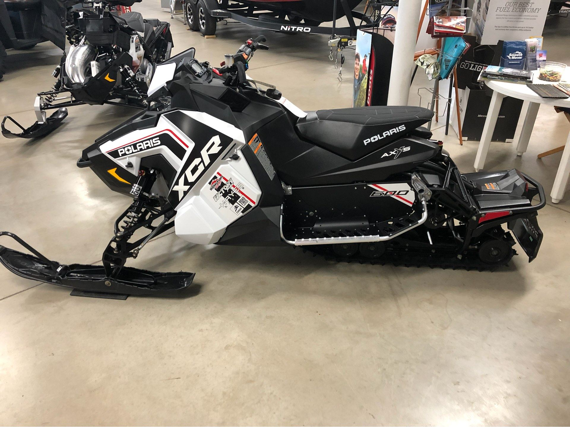 2018 Polaris 600 RUSH XCR SnowCheck Select in Appleton, Wisconsin - Photo 3