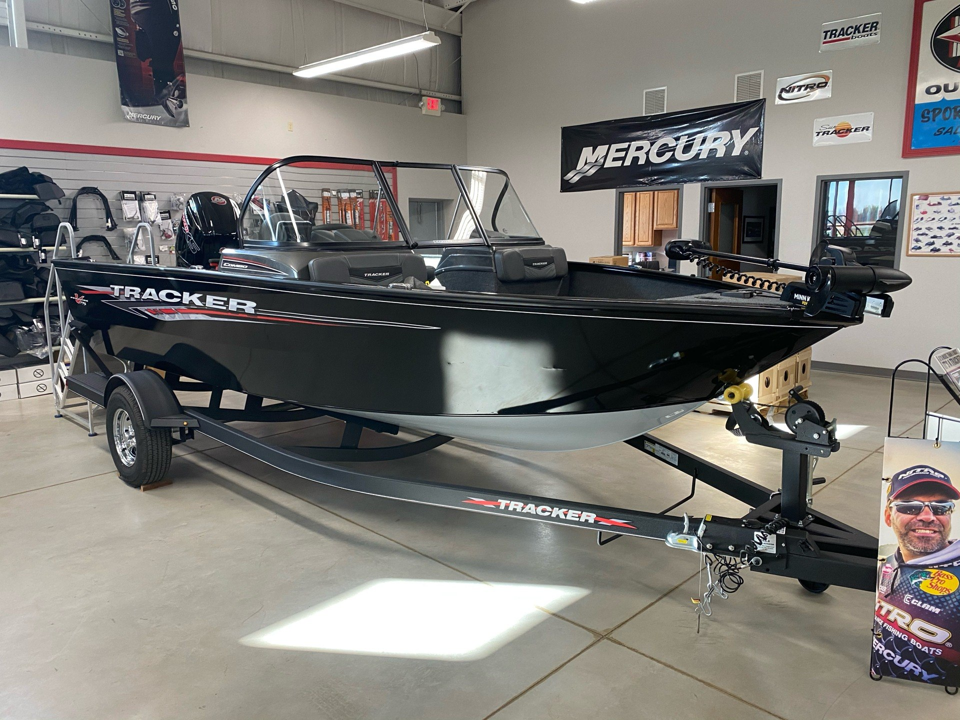 2021 Tracker Pro Guide V-175 Combo in Appleton, Wisconsin - Photo 1