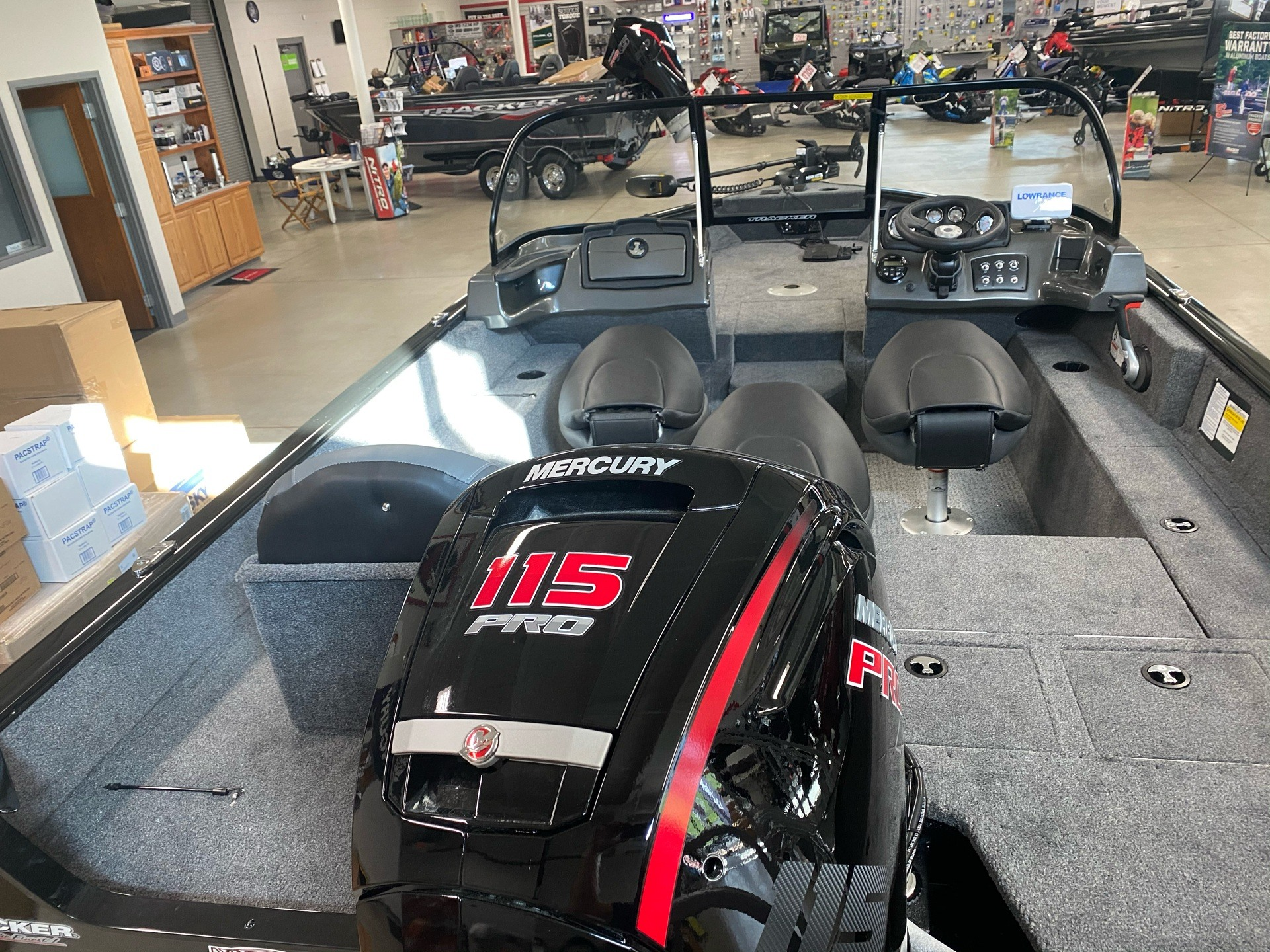 2021 Tracker Pro Guide V-175 Combo in Appleton, Wisconsin - Photo 3