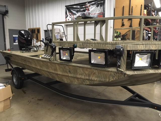 2018 Tracker Grizzly 1860 CC Sportsman in Appleton, Wisconsin