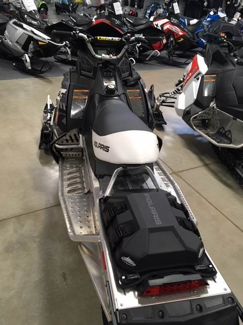 2015 Polaris 800 Assault ES 144 in Appleton, Wisconsin