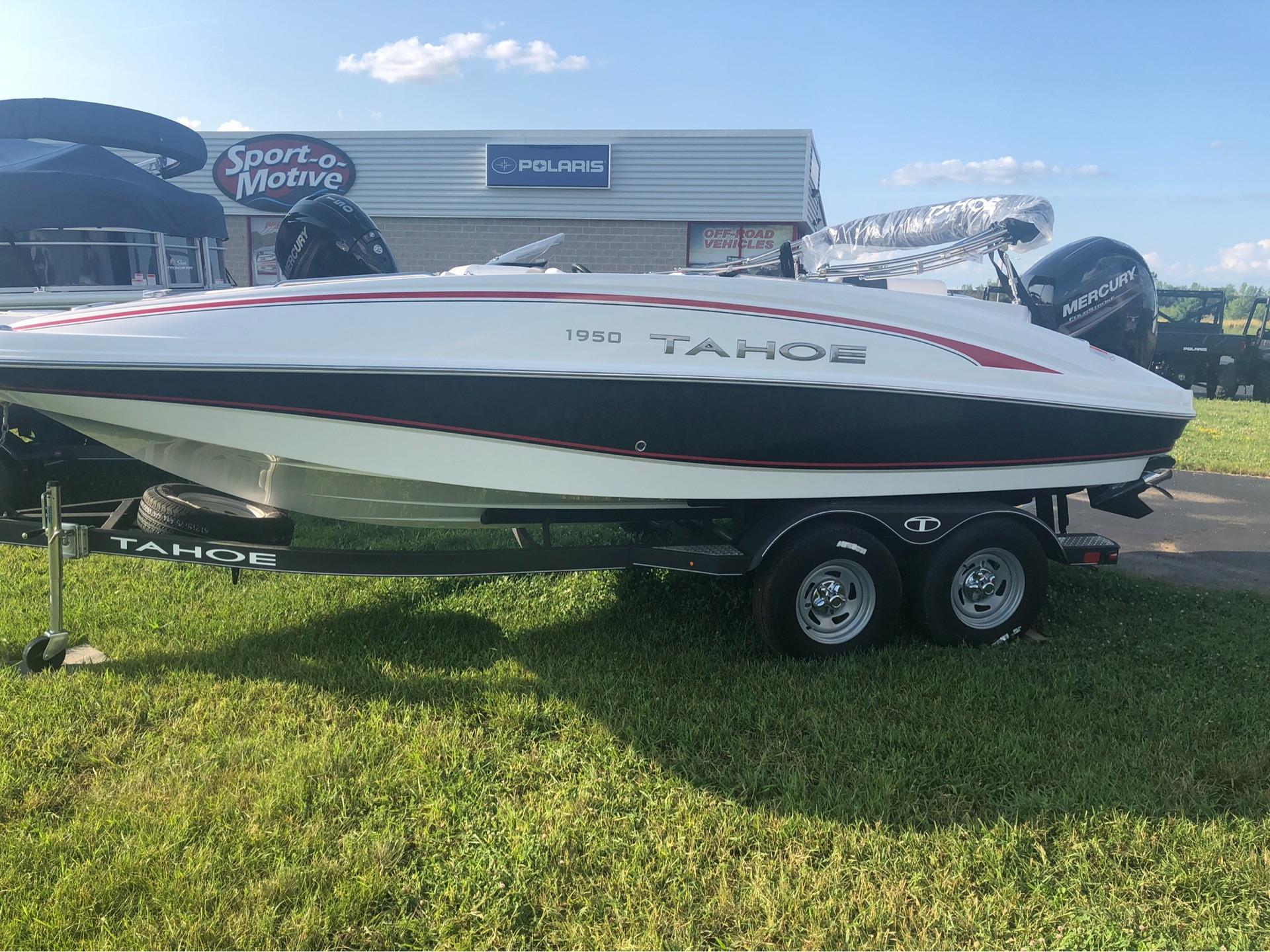 2019 Tahoe 1950 in Appleton, Wisconsin - Photo 2