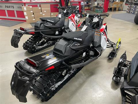 2021 Polaris 600 Indy SP 137 ES in Appleton, Wisconsin - Photo 2