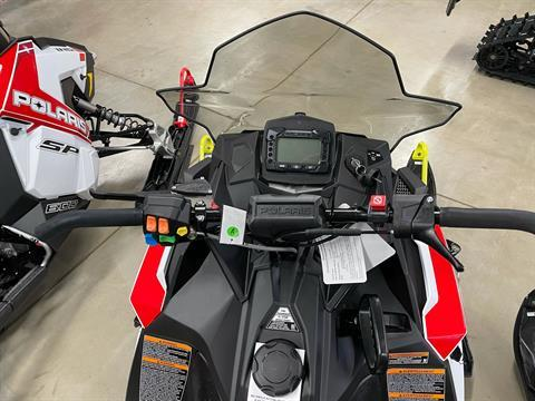 2021 Polaris 600 Indy SP 137 ES in Appleton, Wisconsin - Photo 3