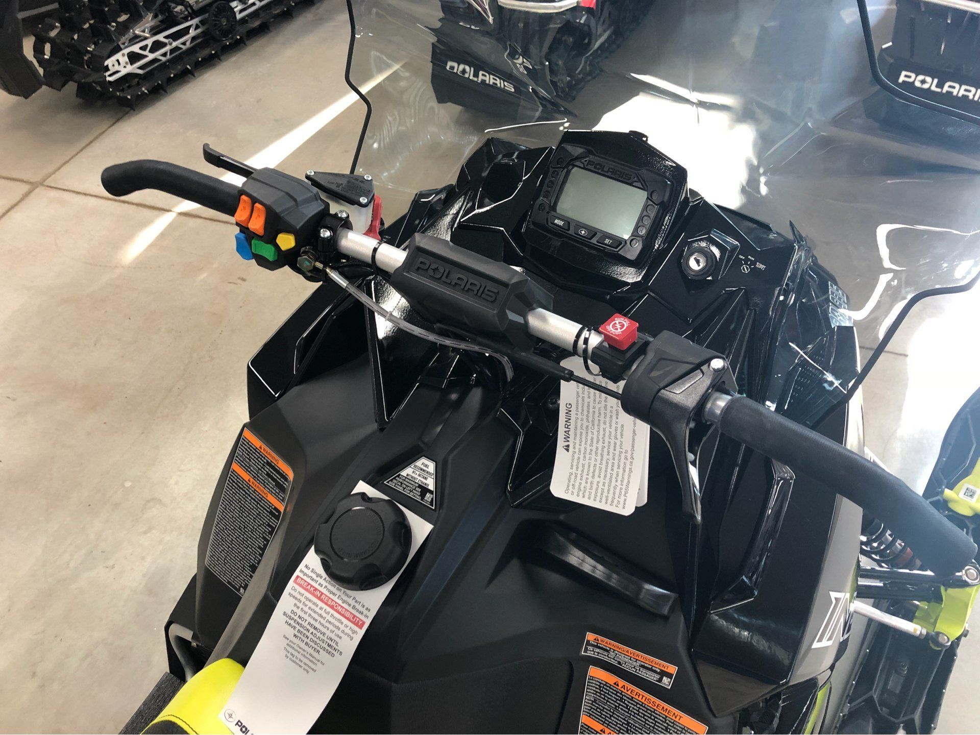 2019 Polaris 600 INDY XC 129 Snowcheck Select in Appleton, Wisconsin - Photo 2