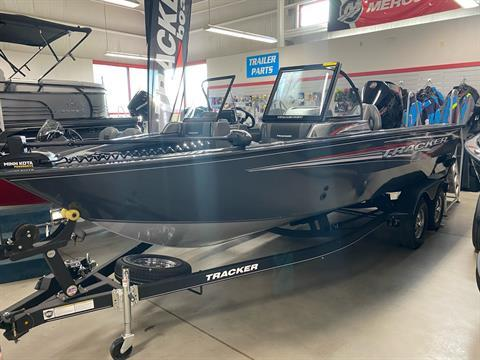 2020 Tracker Targa V-19 WT in Appleton, Wisconsin - Photo 2