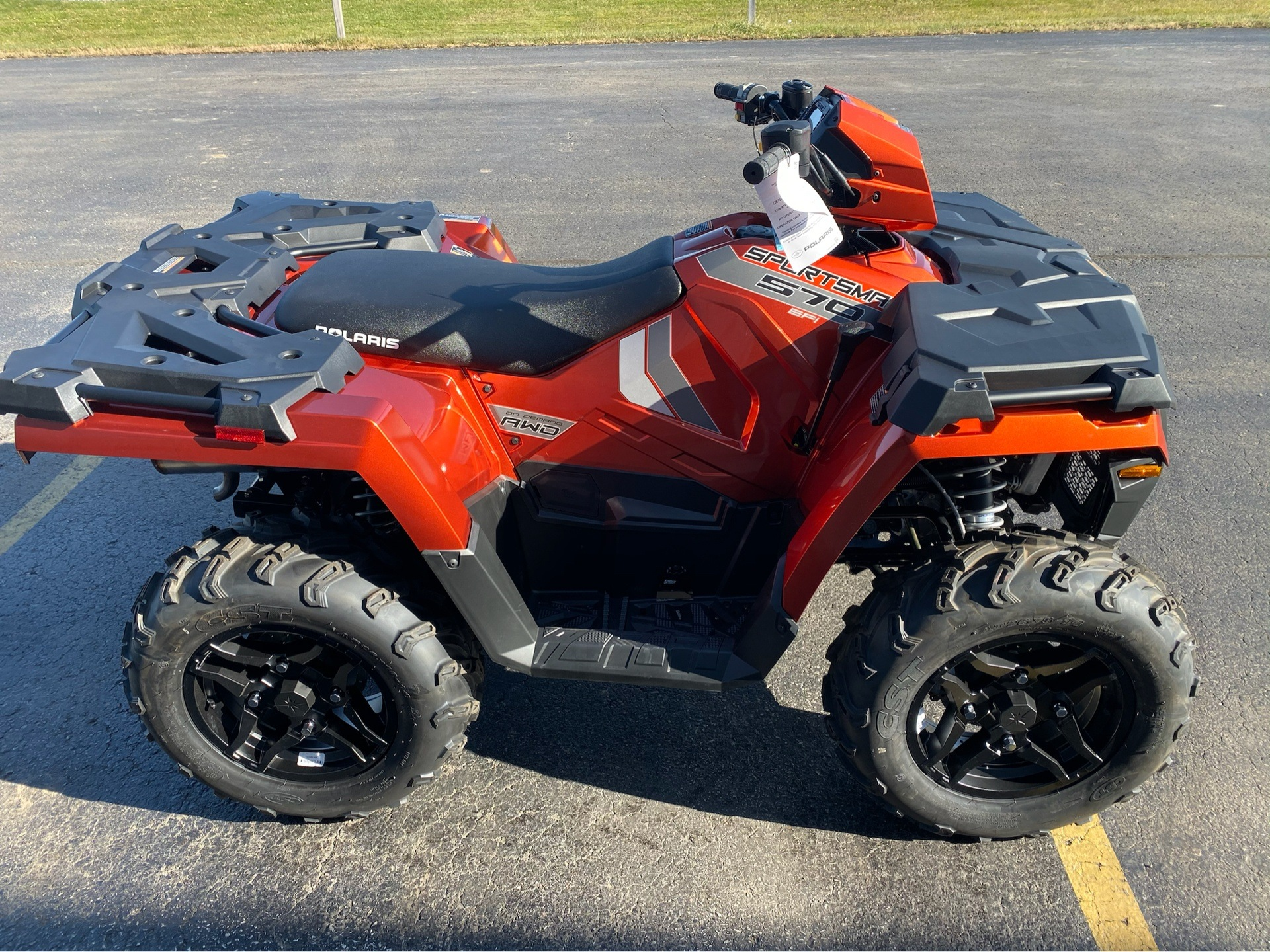 2020 Polaris Sportsman 570 Premium in Appleton, Wisconsin - Photo 2
