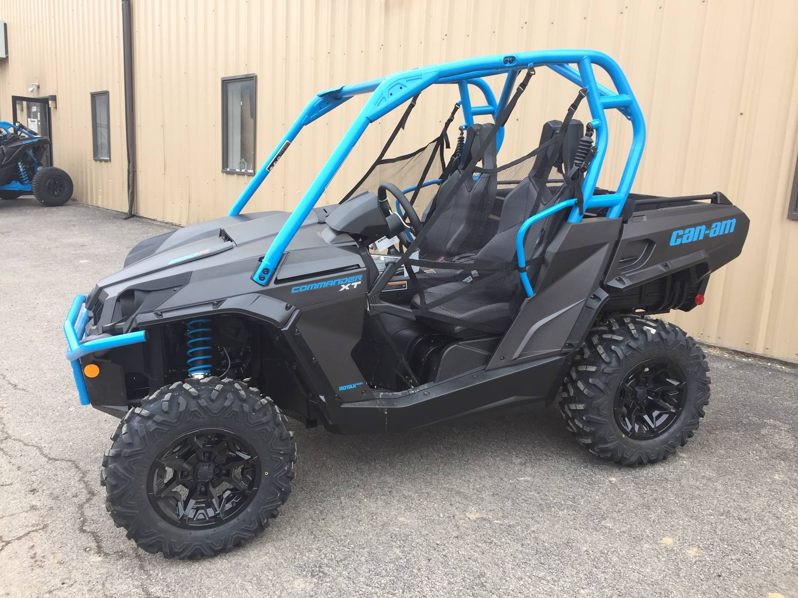2019 Can-Am Commander XT 800R in Claysville, Pennsylvania