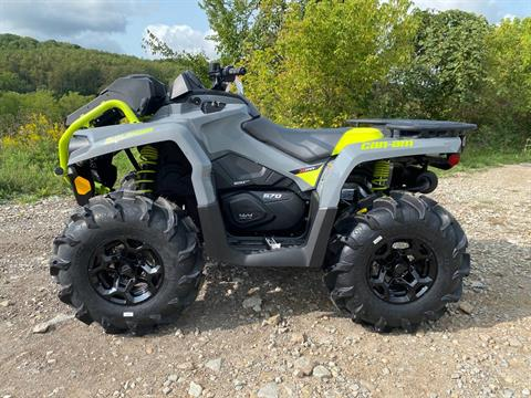 2021 Can-Am Outlander X MR 570 in Claysville, Pennsylvania - Photo 2