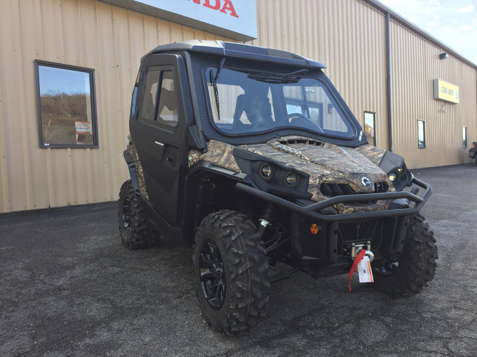 2016 Can-Am Commander XT 1000 in Claysville, Pennsylvania