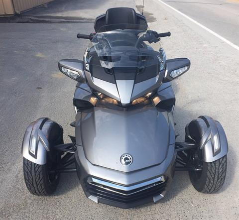 2017 Can-Am Spyder F3 Limited in Claysville, Pennsylvania