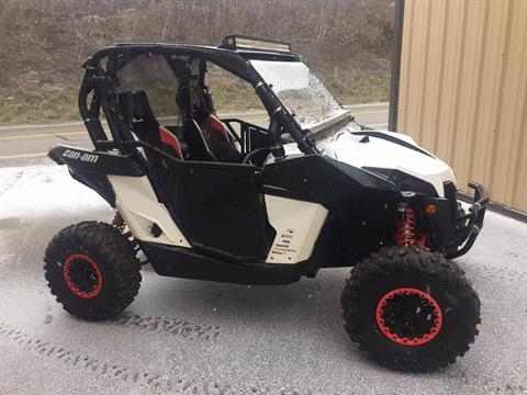 2014 Can-Am Maverick™ X® rs DPS™ 1000R in Claysville, Pennsylvania